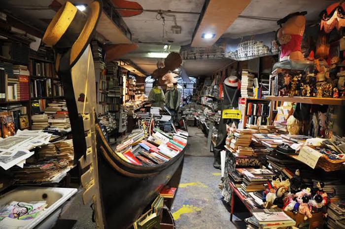 book_gondola_1