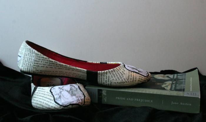 Концептуальні черевики для справжніх книголюбів