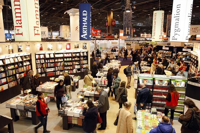 Visitors browse at the annual Paris book fair